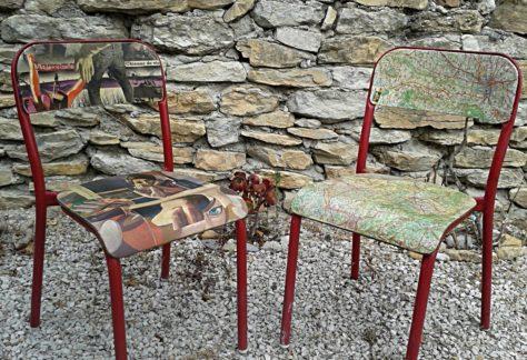 Collages sur chaises